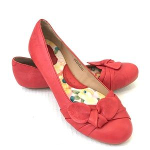 Born Molly leather red ballet flat bow comfort 8.5